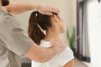 chiropraxie : étirement du trapèze