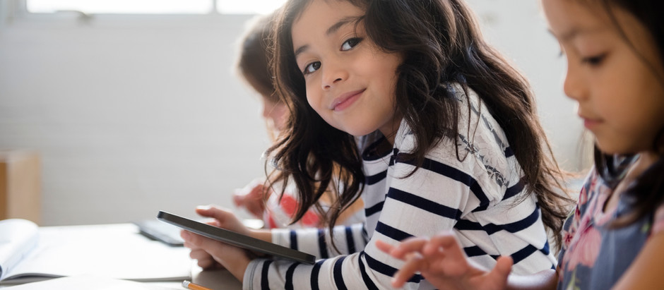 Rentrée scolaire : la physiothérapie pour prévenir et soulager le mal de dos des enfants