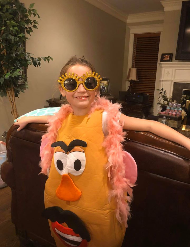 Dress-Up Fun - Kids Spa Mobile Party