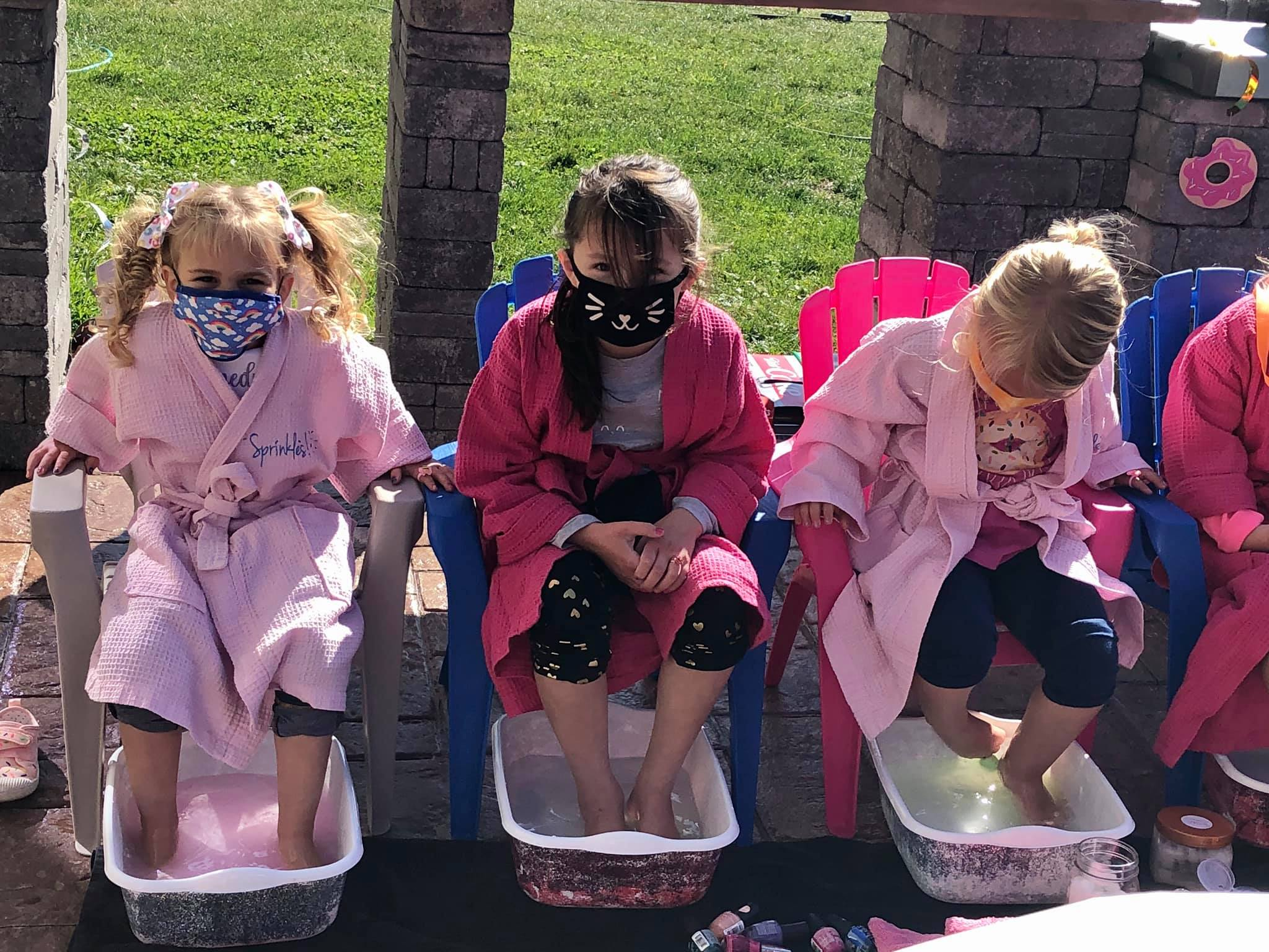 Mobile Spa Party with Sprinkles Kids