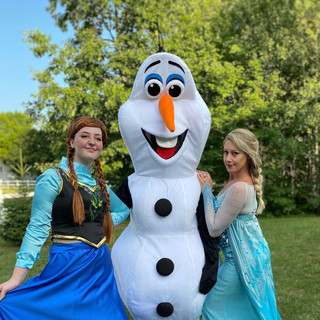 Frozen Sisters and Olaf