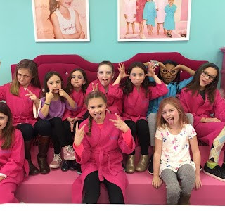 Kids Spa Party at Sprinkles Kids Spa