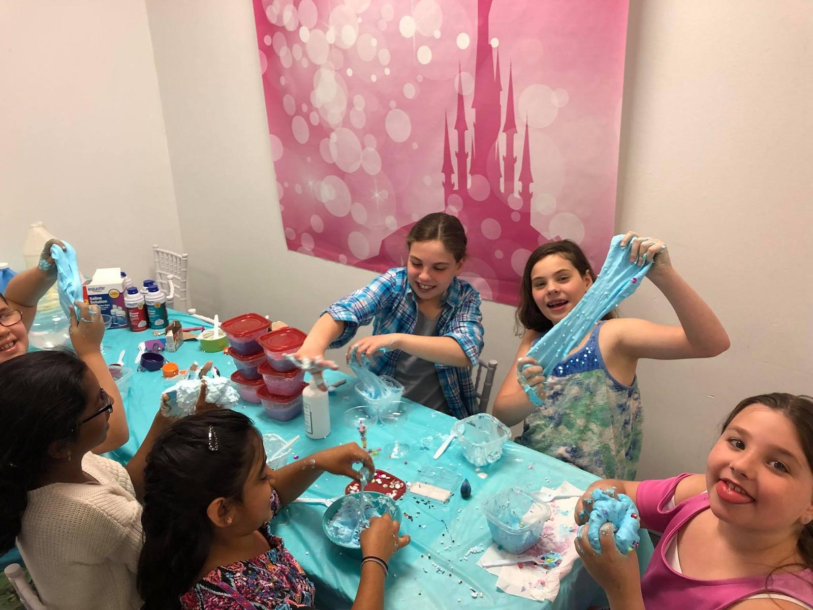 SLIME Birthday PArty at Sprinkles Kids