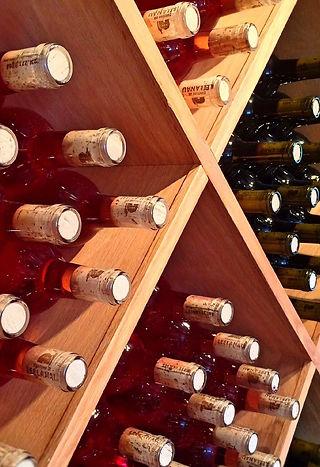 wine-853109_1920.jpg