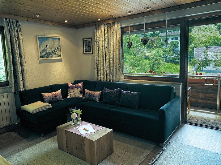 Gästehaus Mair, Ferienwohnung 1, Wohnzimmer 2 d.jpg