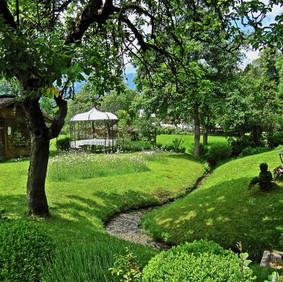 Garten, Pavillon, Bächle