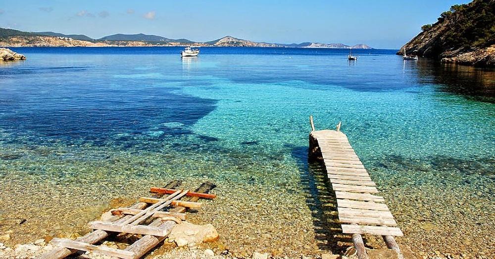 Balearics Ibiza Cala Llentrisca Plajı