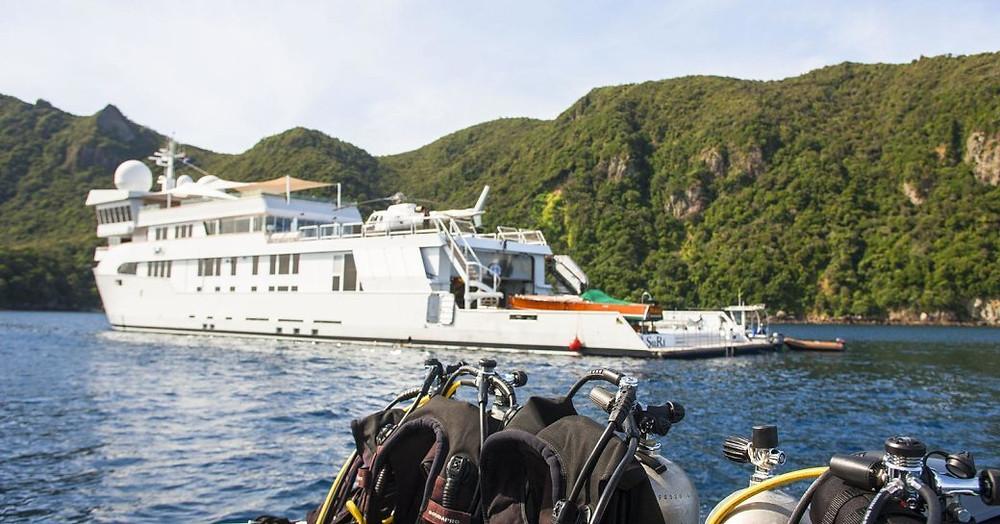 Superyacht Suri profil çekimi
