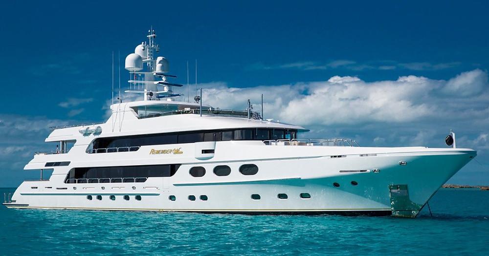 superyacht Hatırla bir Karayip yat kiralama demirlemiş
