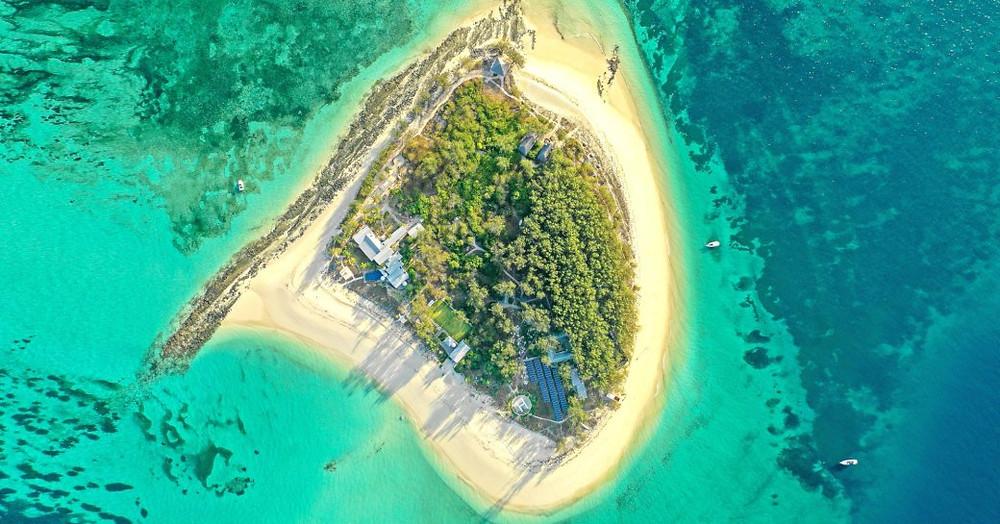 thanda özel ada ve deniz rezerv havadan görünümü