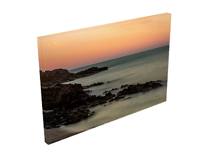 Photo sur toile tendue chassis bois  couché se soleil sur la plage de l'oli à Collioure