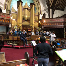 Young Adelaide Voices in rehearsal with Paul Rissmann