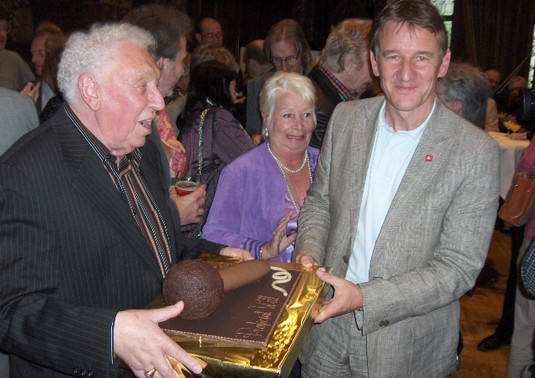 """Will Ferdy met Burgemeester Patrick Janssens en """"Chocolade Microfoon"""""""