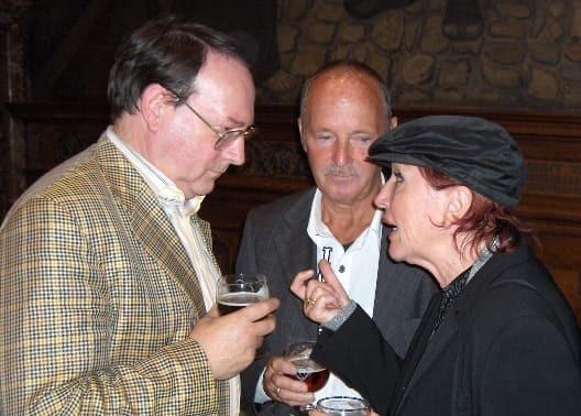 Advokaat André De Becker met Yvette Ravell en echtgenoot Luc