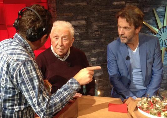 """Te gast bij """"Van Gils & Gasten"""" ter gelegenheid van zijn 90e verjaardag. Samen met Lucas Van den Eynde die """"Christiene"""" vertolkte op een sublieme wijze."""