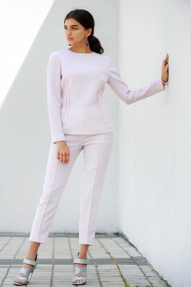 Рожевий костюм