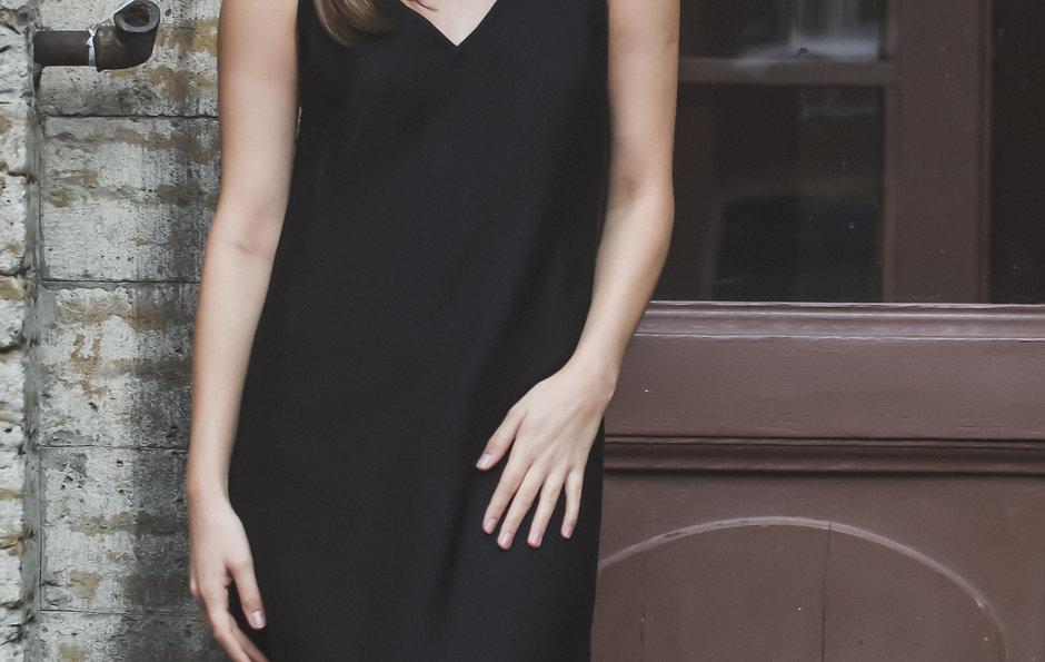 Чистый крой. Платье с французской вытачкой сразу на ткани