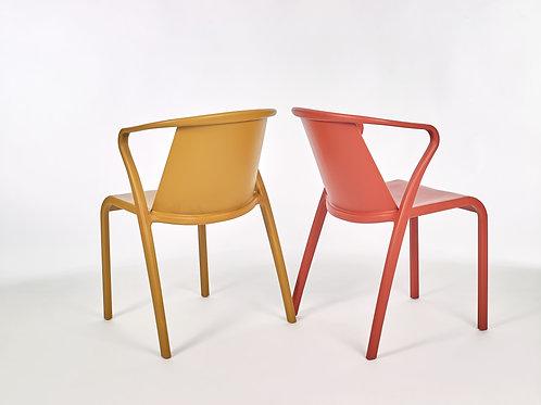 Cadeira com Braços Fado