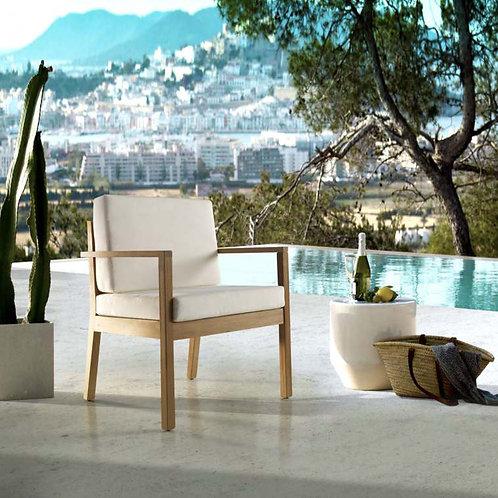 Cadeira madeira Iroko Menorca empilhável com couchins