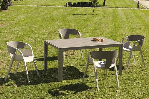 Cadeiras Tripoli resina