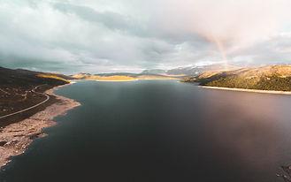 Drönarbild flygande i Norge.