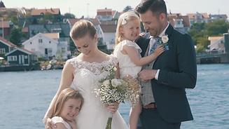 Bild på hela familjen från brölopp på Björkö.