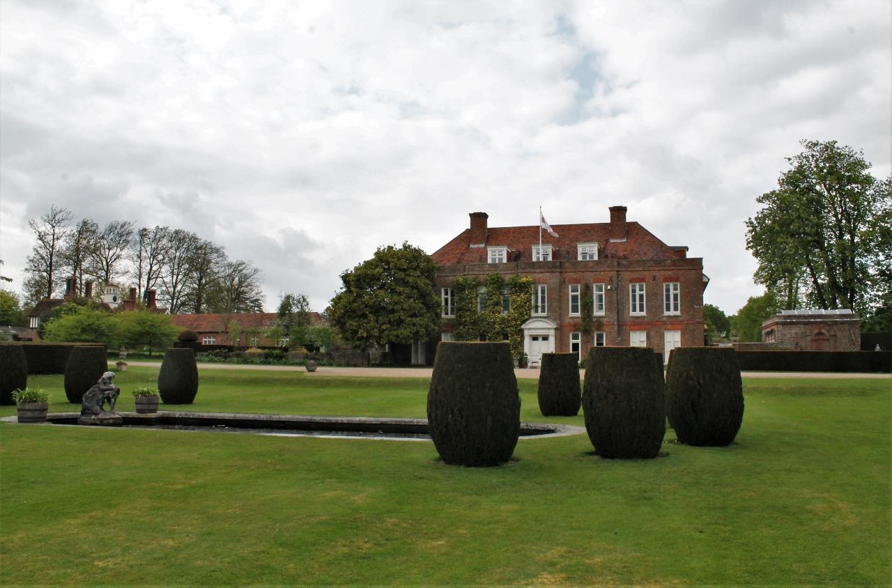 Hole Park Estate