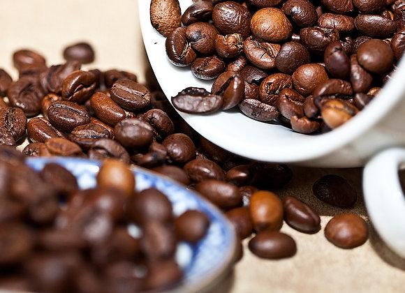 Robusta Kaffee in Bearbeitung