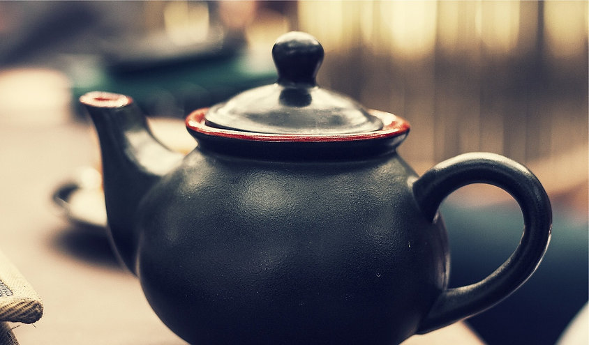 teapot-691729_1920_edited.jpg