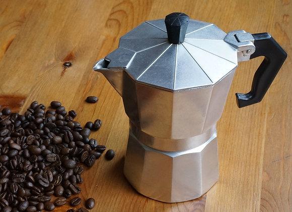 Kaffeezubereiter in Bearbeitung