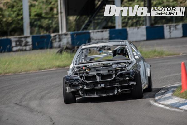 drive-bmw-audi+porsche-supra-benzD75_203