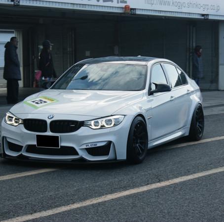 BMW F80 M3 シアワセ軽量化計画。
