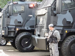 RIOT control vehicle GUARDER