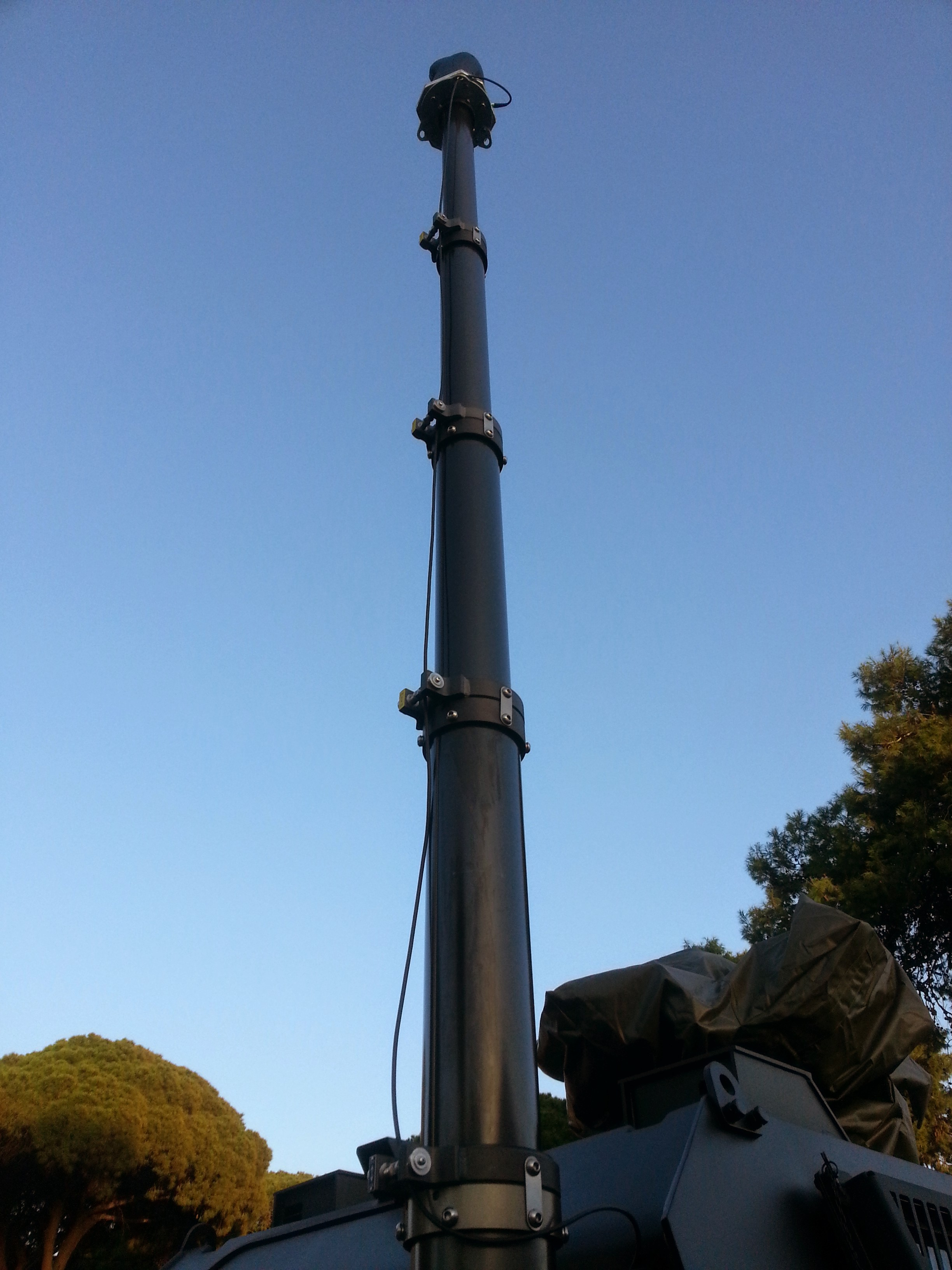 Vehicle Mast System