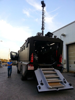 Vehicle Mast System