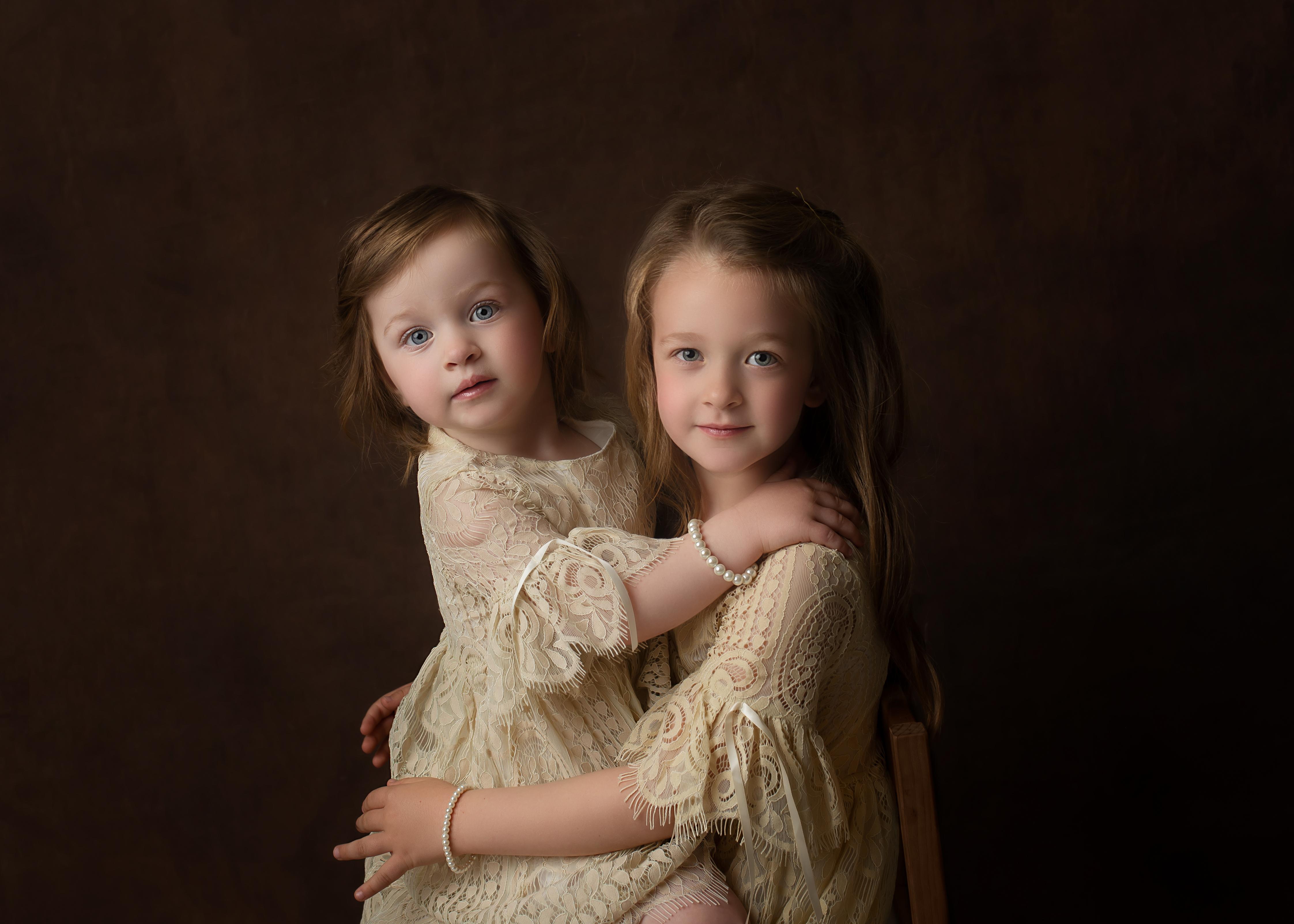 Fine Art Sisters Family Portrait Ess