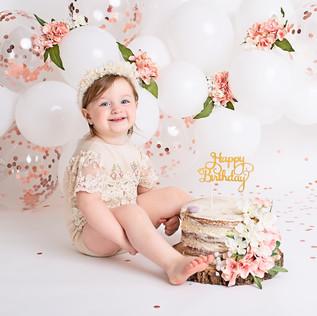 Bella Cake Smash002.jpg
