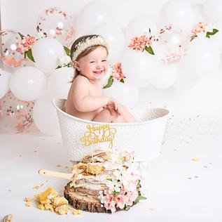 Bella Cake Smash007.jpg
