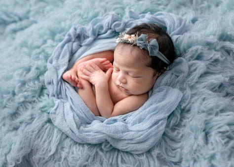 Newborn Photographer based in Essex serving London and surrounding areas