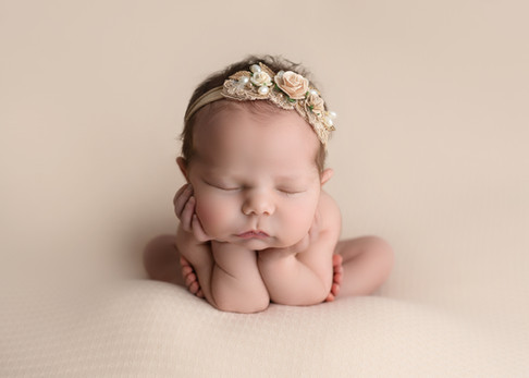 Newborn Photographer Essex - Bubbles and Bluebells Photography.jpg