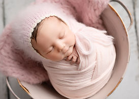 Newborn Photographer Cambridge Saffron W