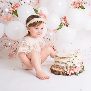 Bella Cake Smash003.jpg