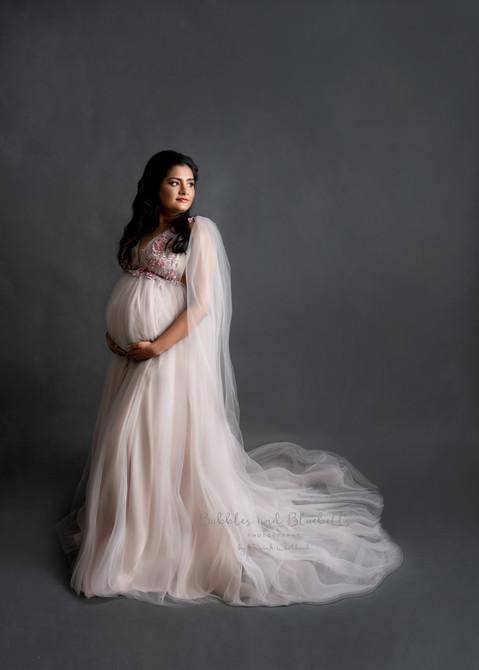 fine art style bump photography maternity photos