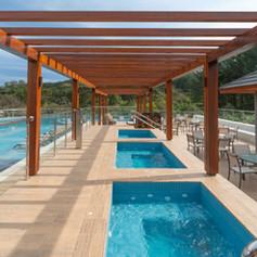 Golden-Gramado-Resort-Laghetto-Piscina-Externa-5-pb10ukav8agpq6qna9bcw2x4apjm9xls1lc7aonvu