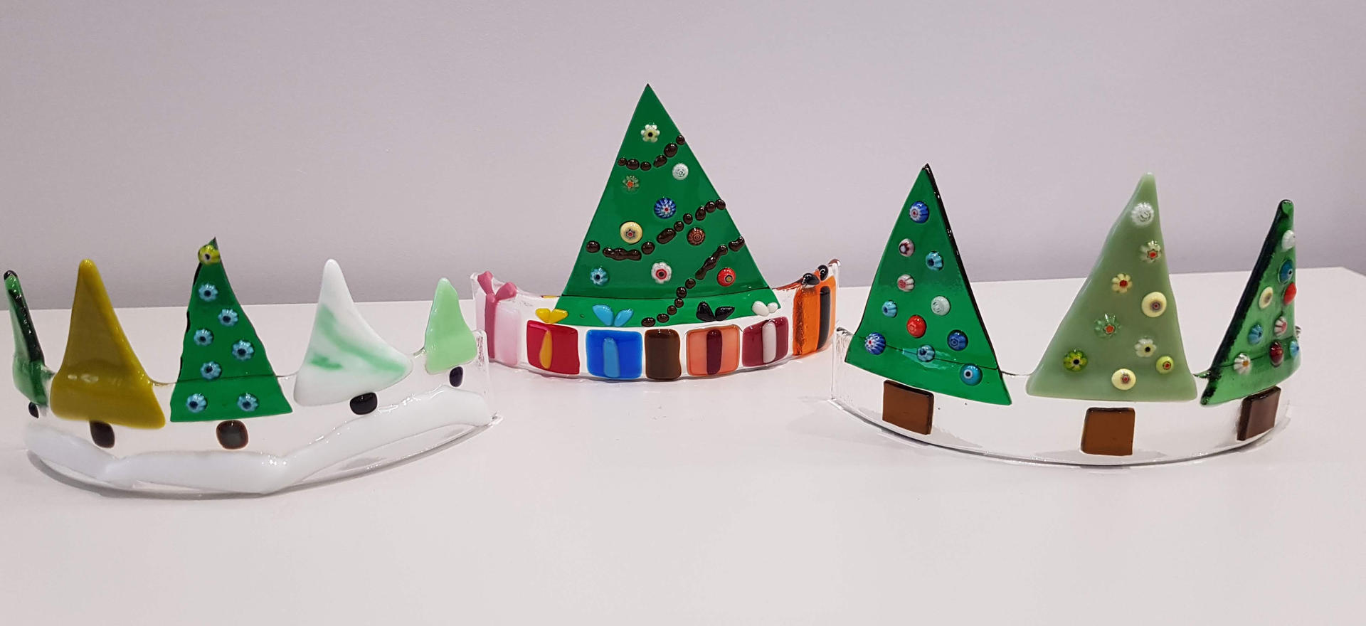 Christmas Fused Cut Out Glass Curves