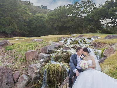 Sneak peeks of this beautiful couple's wedding that I had the pleasure to be a part of are