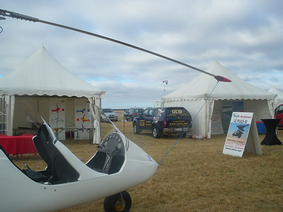 "...de ""Fly in Paris""...Autogyro"