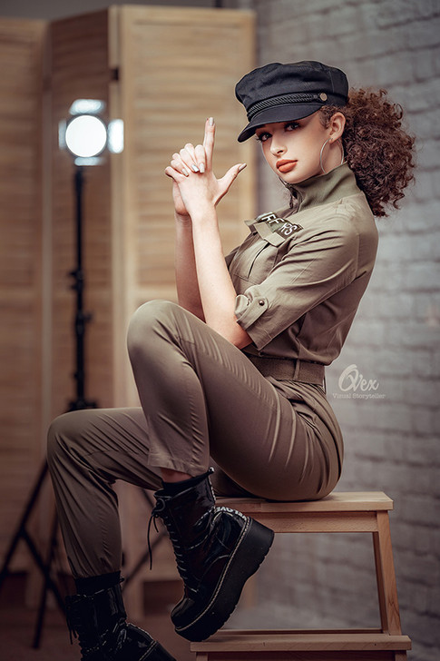 Monica-Duca-portrete-ovex.jpg