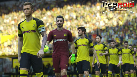 Borussia Dortmund terminate PES license agreement.