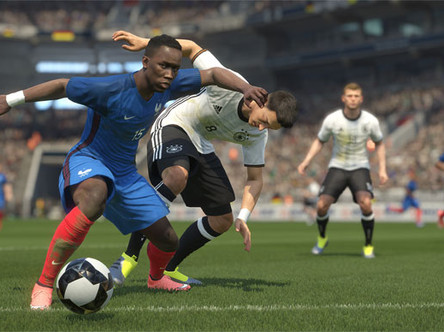 "PES DAY 2 ""Tactical gameplay is finally here"""